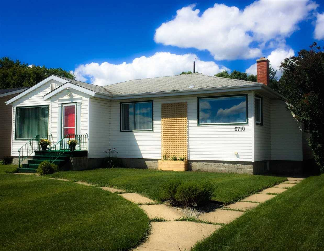 House for sale at 6710 Ada Blvd Nw Edmonton Alberta - MLS: E4178498
