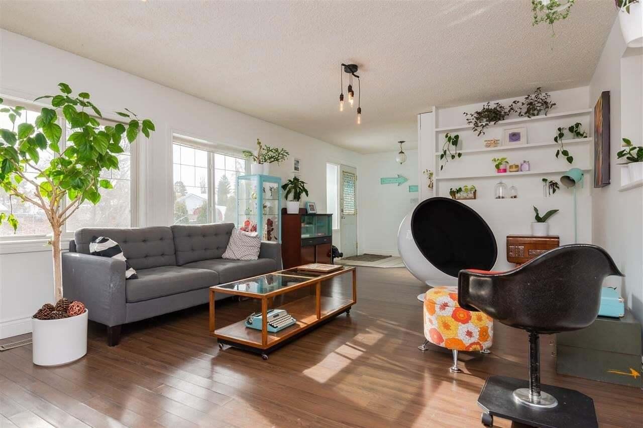 House for sale at 6712 22 Av NW Edmonton Alberta - MLS: E4188525