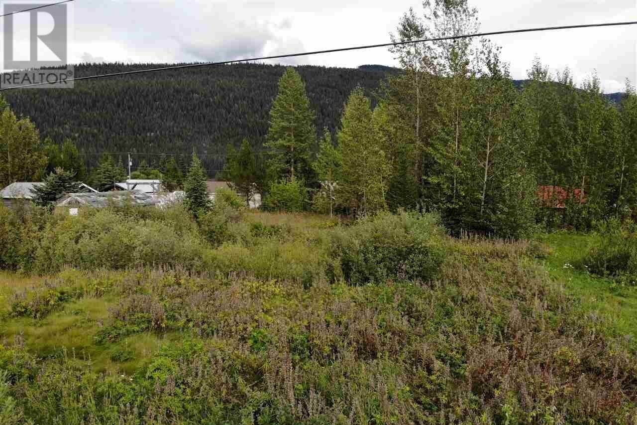 Residential property for sale at 672 B Rd Canim Lake British Columbia - MLS: R2490054