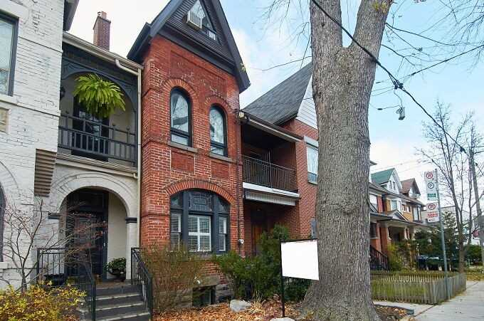 For Sale: 672 Euclid Avenue, Toronto, ON | 5 Bed, 4 Bath Townhouse for $1879000.00. See 28 photos!