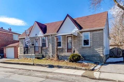 Townhouse for sale at 672 Winona Dr Toronto Ontario - MLS: C4388157