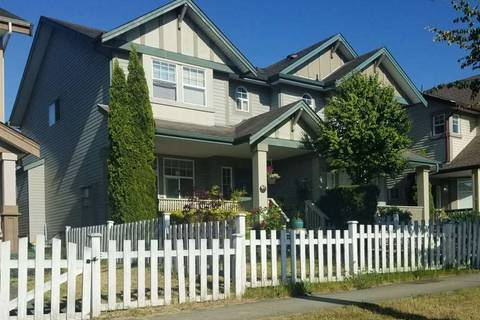 Townhouse for sale at 6722 184 St Surrey British Columbia - MLS: R2394305
