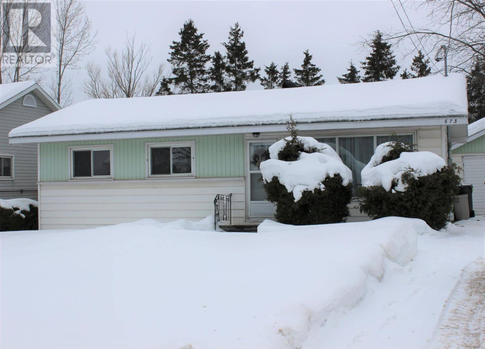 House for sale at 673 Mcnabb St Sault Ste. Marie Ontario - MLS: SM127728