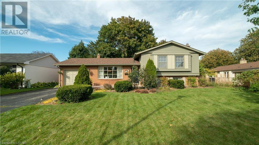 House for sale at 674 Algoma Ave London Ontario - MLS: 226941