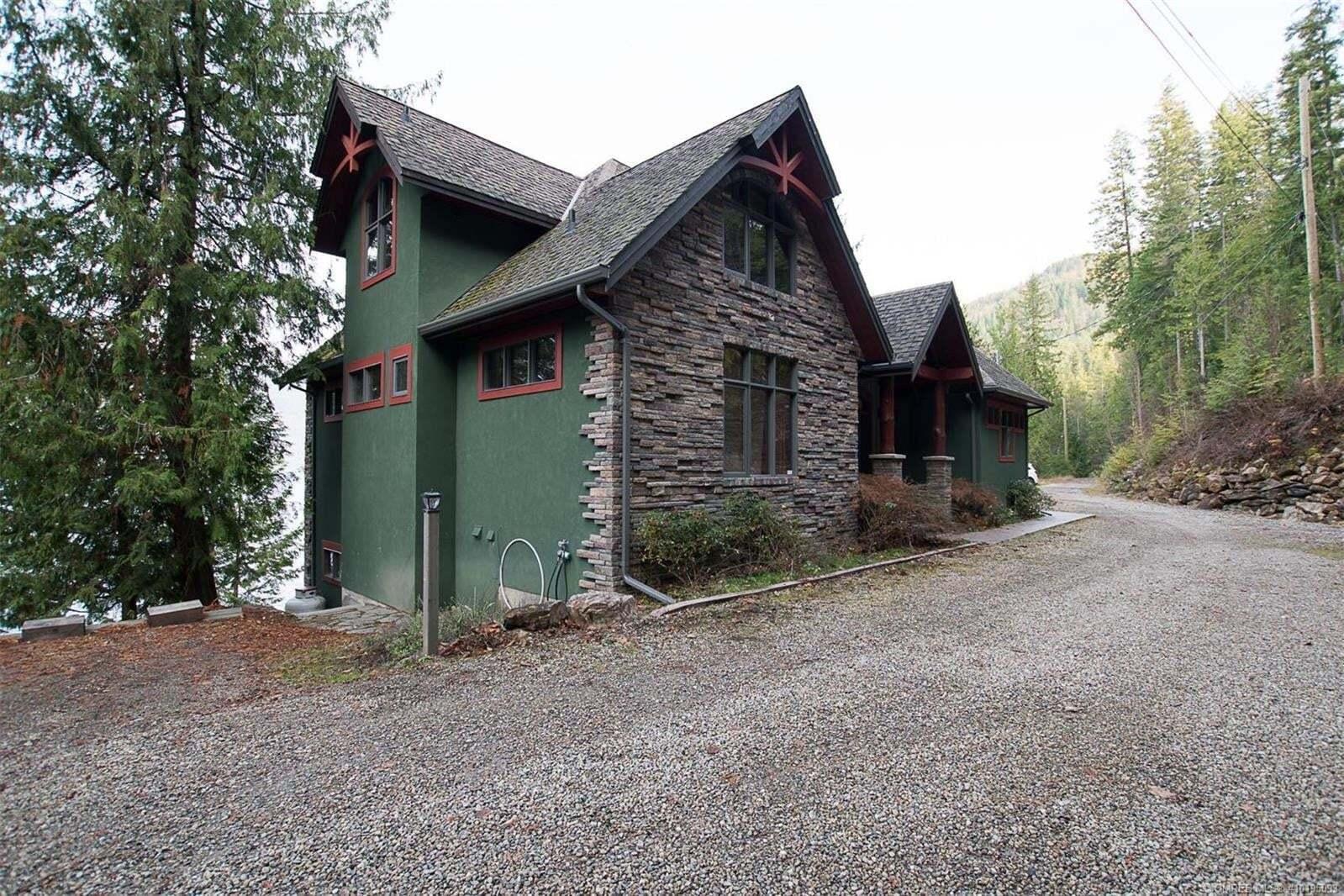 6741 Eagle Bay Road, Eagle Bay | Image 2