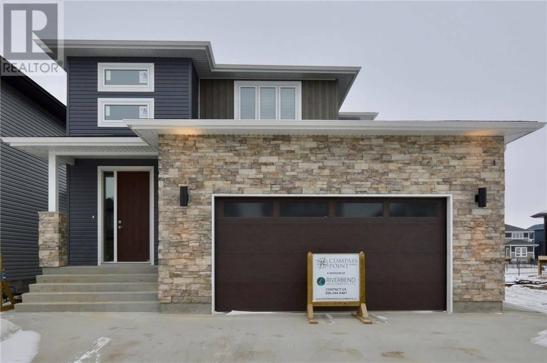 House for sale at 675 Fast Cres Saskatoon Saskatchewan - MLS: SK748615