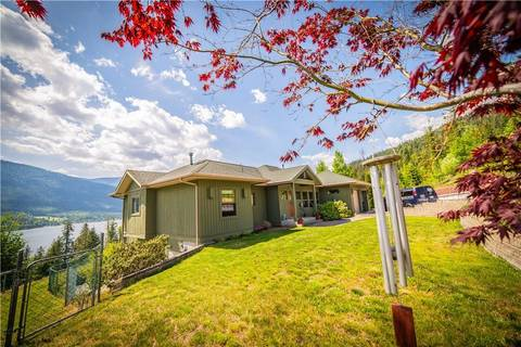 House for sale at 6757 Eagleview Ln Nelson British Columbia - MLS: 2437604