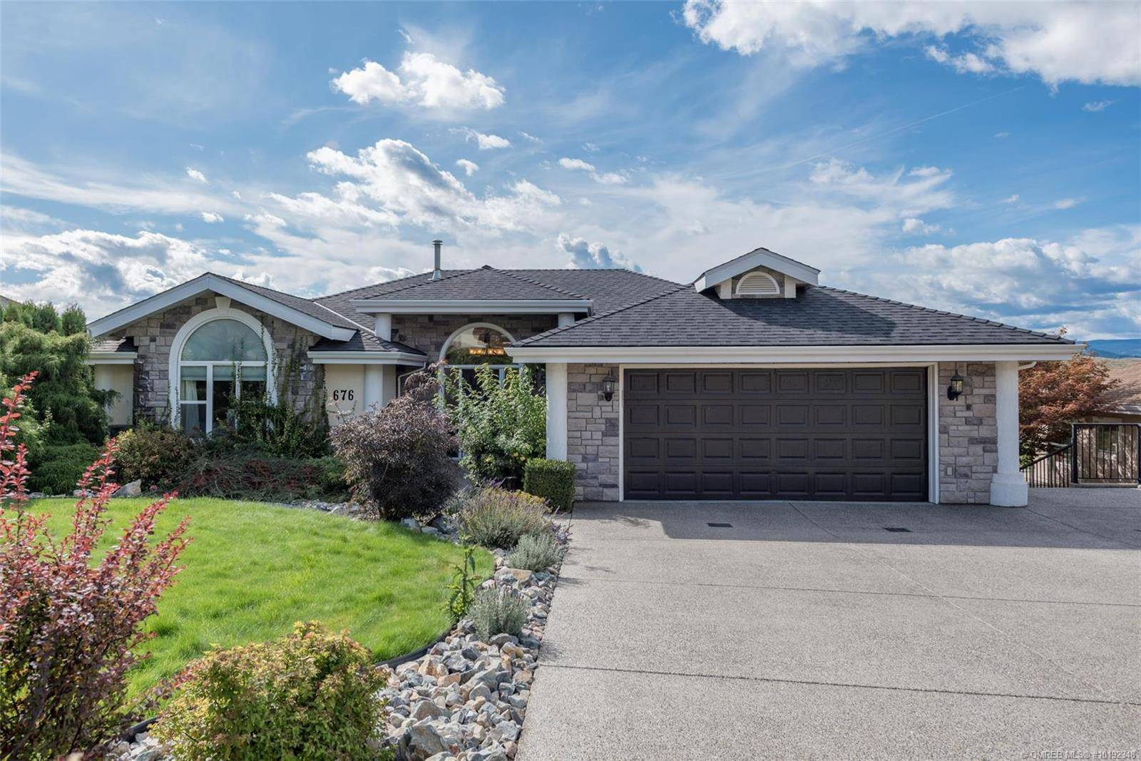 House for sale at 676 Middleton Wy Coldstream British Columbia - MLS: 10192348