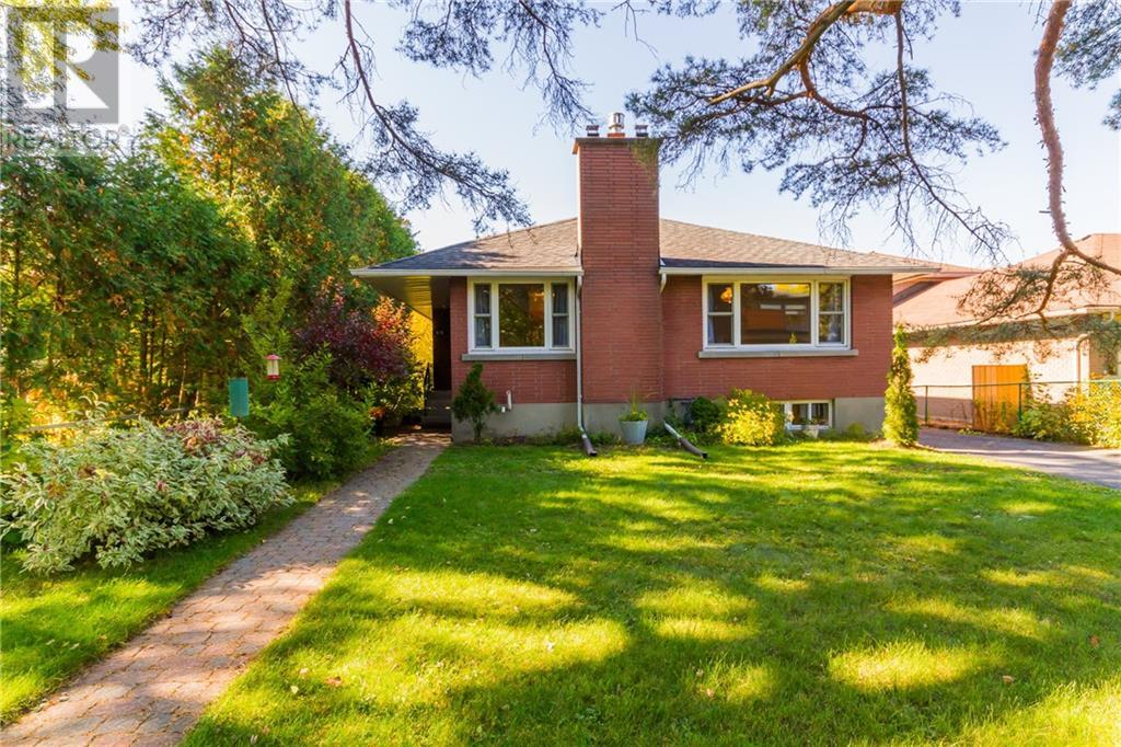 Removed: 676 Windermere Avenue, Ottawa, ON - Removed on 2019-12-04 04:33:08