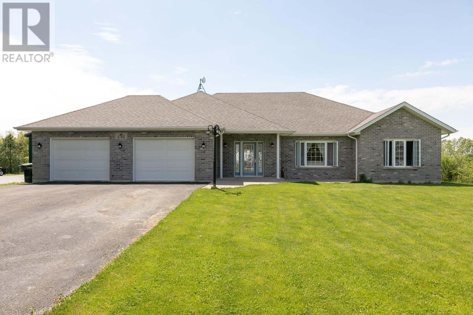 House for sale at 6768 County Rd 50  Amherstburg Ontario - MLS: 20006001
