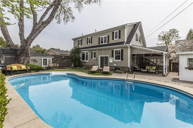 For Sale: 677 Greenwood Drive, Burlington, ON   3 Bed, 4 Bath House for $1,199,999. See 20 photos!