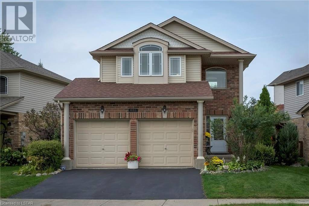 House for sale at 677 Longworth Rd London Ontario - MLS: 220995