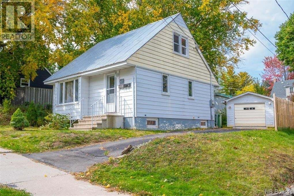 House for sale at 677 Palmer St Fredericton New Brunswick - MLS: NB049993