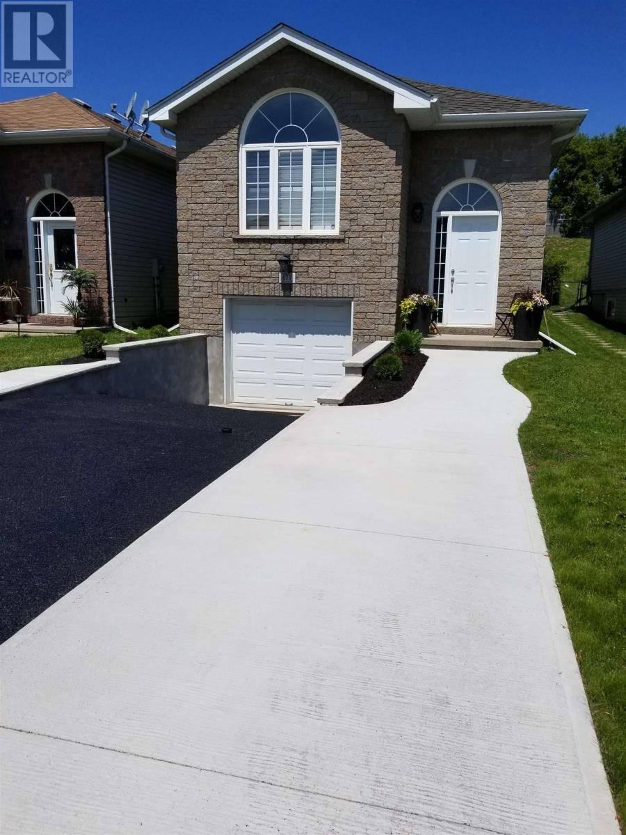 House for sale at 677 Tanner Dr Kingston Ontario - MLS: K20000840