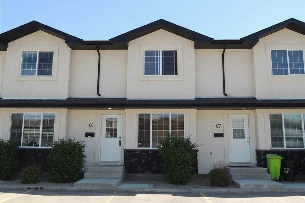 Townhouse for sale at 4640 Harbour Landing Dr Unit 68 Regina Saskatchewan - MLS: SK811085