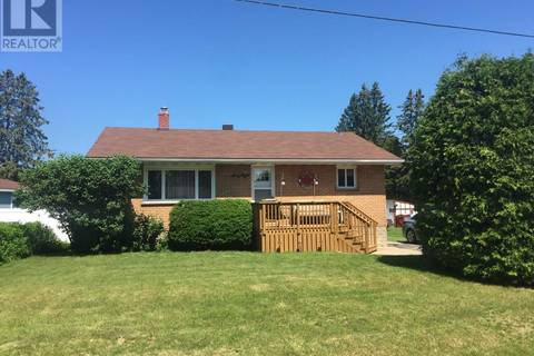 House for sale at 68 Anna St Sault Ste. Marie Ontario - MLS: SM126091