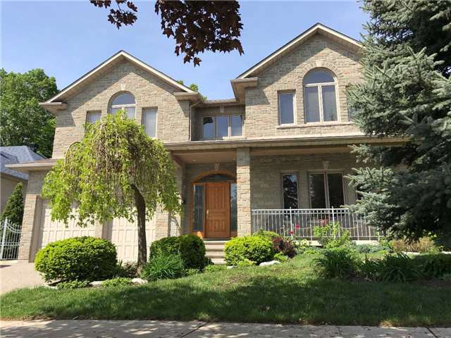 For Sale: 68 Aviemore Drive, Toronto, ON | 5 Bed, 4 Bath House for $1,550,000. See 19 photos!