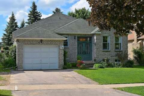 House for sale at 68 Closs Sq Aurora Ontario - MLS: N4813785