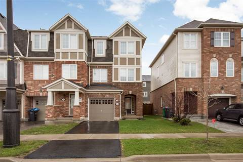 Townhouse for sale at 68 Donomore Dr Brampton Ontario - MLS: W4427252