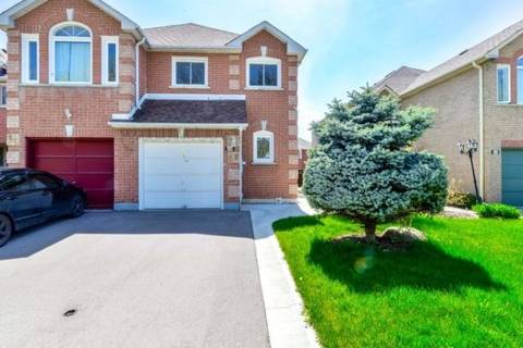 Townhouse for sale at 68 Mccleave Cres Brampton Ontario - MLS: W4455856