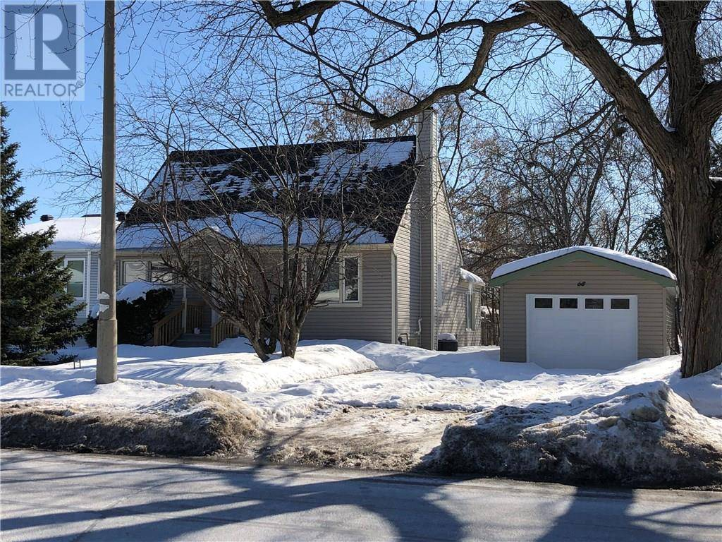 House for sale at 68 Meadowlands Dr W Ottawa Ontario - MLS: 1182900