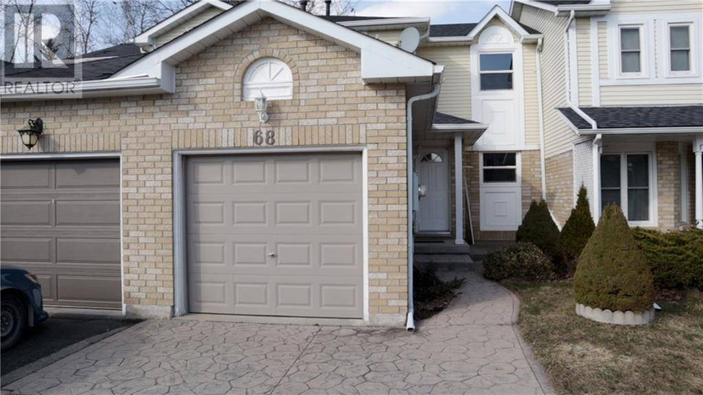 Townhouse for sale at 68 Middlemiss Cres Cambridge Ontario - MLS: 30800233