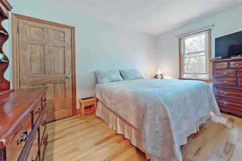 68 Montreal Street, Whitchurch-stouffville   Image 2