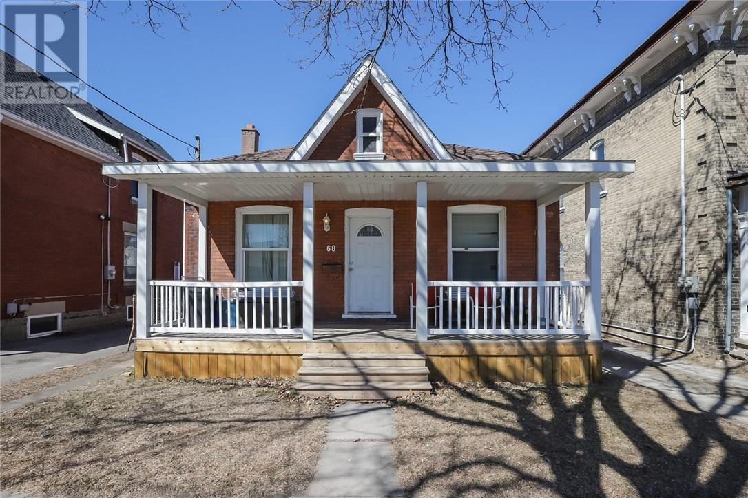 For Sale: 68 Palace Street, Brantford, ON   4 Bed, 1 Bath House for $292,700. See 2 photos!