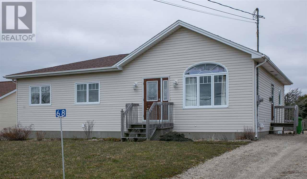 House for sale at 68 Prospect St Yarmouth Nova Scotia - MLS: 202006445
