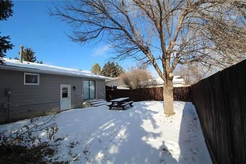 68 Rundlefield Close Northeast, Calgary | Image 2