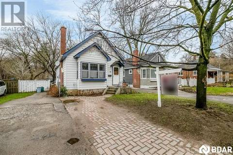 House for sale at 68 Sophia St East Barrie Ontario - MLS: 30738937