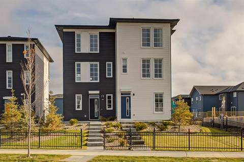 Townhouse for sale at 68 Walcrest Gt Southeast Calgary Alberta - MLS: C4272361