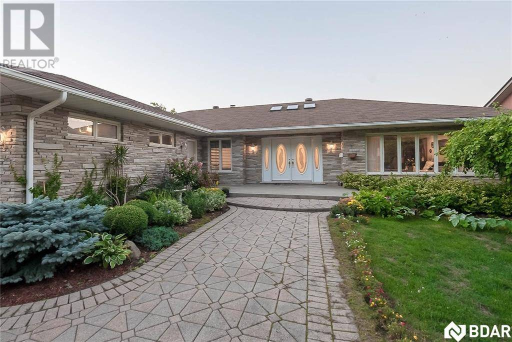 68 Woodcrest Road, Barrie | Image 2