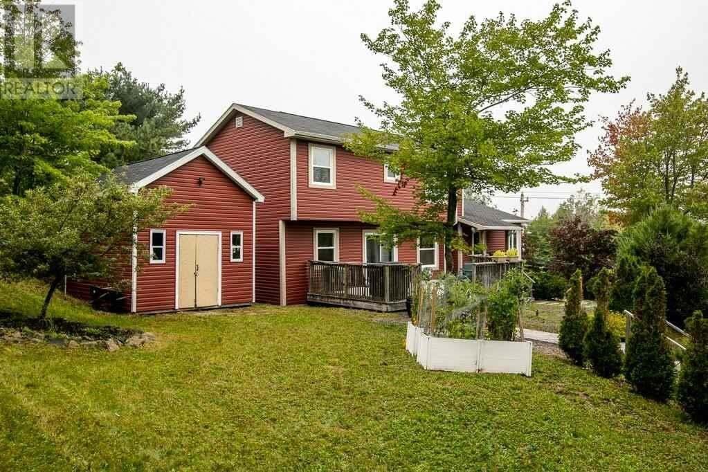 House for sale at 680 Hammonds Plains Rd Bedford Nova Scotia - MLS: 202018397