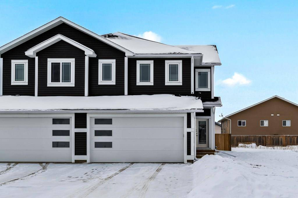 Townhouse for sale at 6818 Tri City Wy Cold Lake Alberta - MLS: E4186914