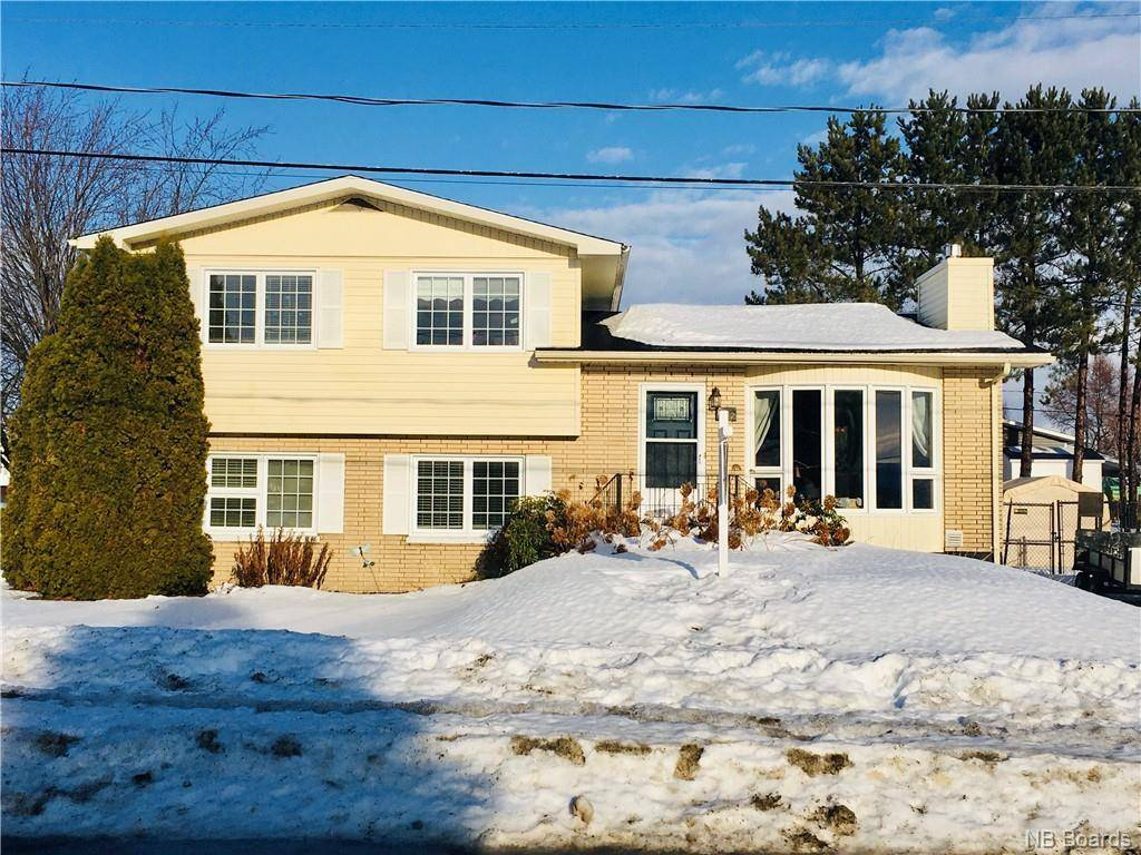 House for sale at 682 3 Ave Grand Sault/grand Falls New Brunswick - MLS: NB038366