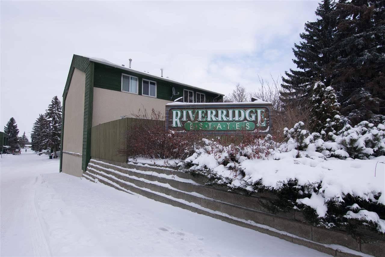 Townhouse for sale at 682 Abbottsfield Rd Nw Edmonton Alberta - MLS: E4184066