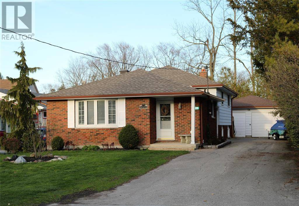 House for sale at 6820 Evergreen Ln Plympton-wyoming Ontario - MLS: 20001814