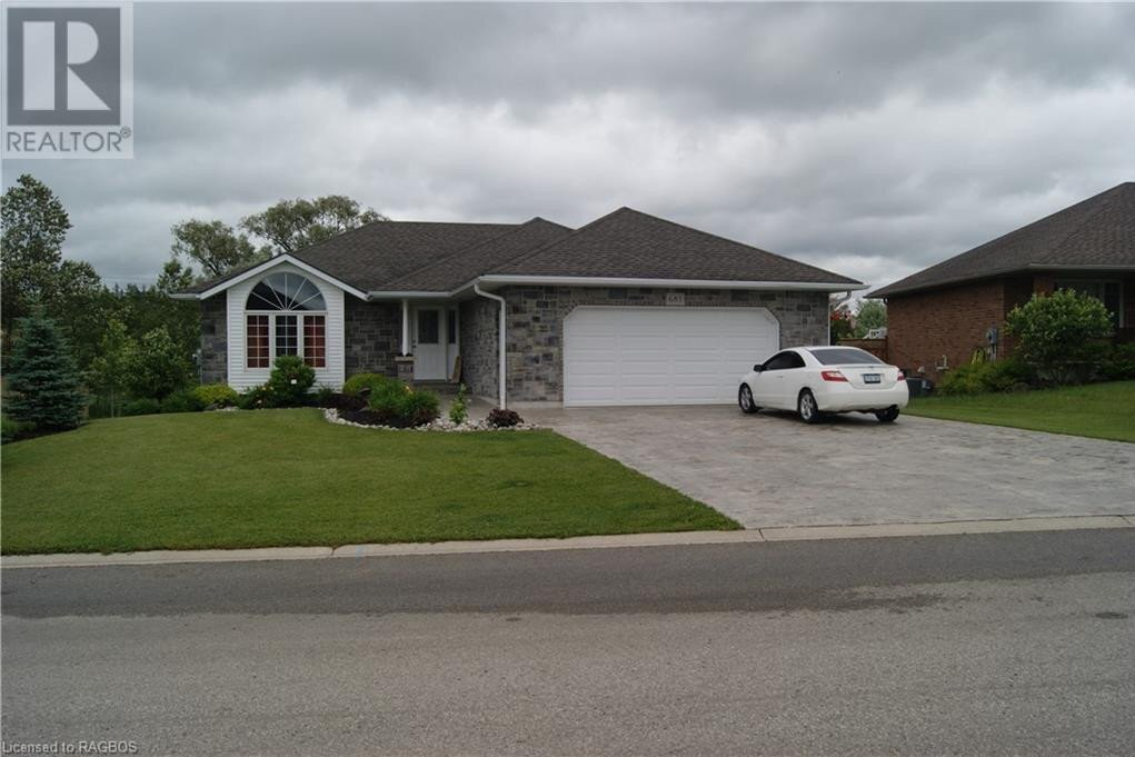 House for sale at 683 23rd Ave Hanover Ontario - MLS: 274392