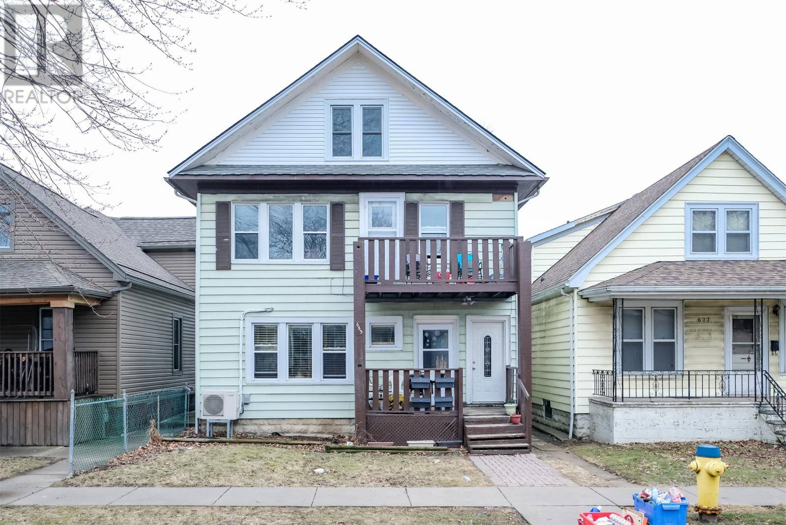 Townhouse for sale at 683 Gladstone  Windsor Ontario - MLS: 20002373
