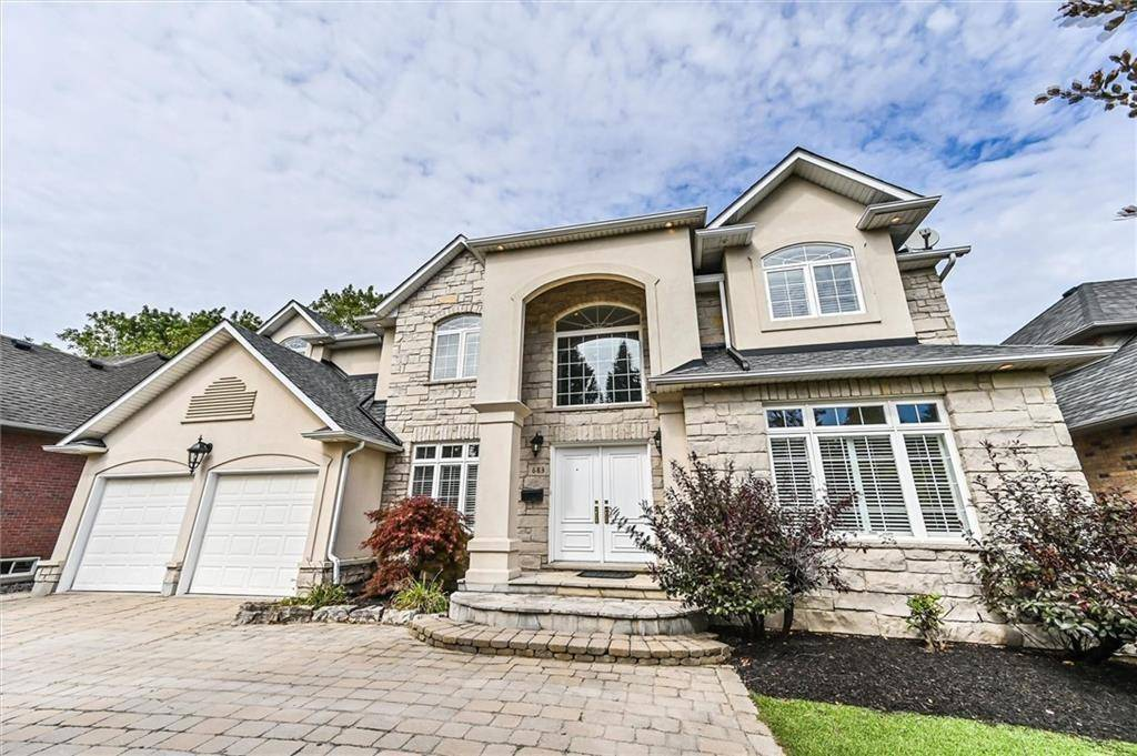 House for sale at 683 Highvalley Rd Ancaster Ontario - MLS: H4075499