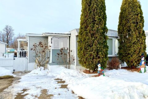Property for rent at 6834 59 Ave Red Deer Alberta - MLS: A1052101