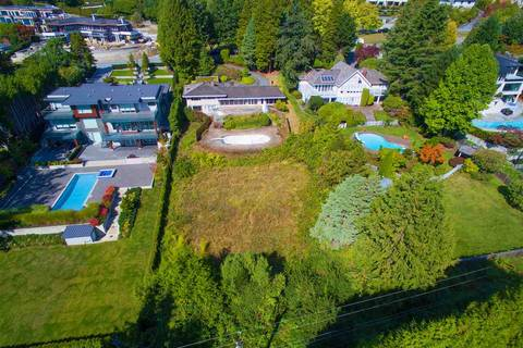 House for sale at 684 Southborough Dr West Vancouver British Columbia - MLS: R2377003