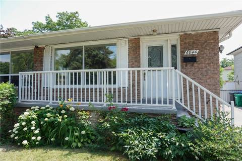Townhouse for sale at 6840 Darcel Ave Mississauga Ontario - MLS: W4517222