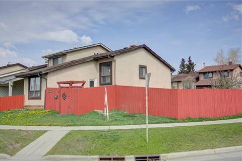 Townhouse for sale at 6844 26 Ave Northeast Calgary Alberta - MLS: C4252884