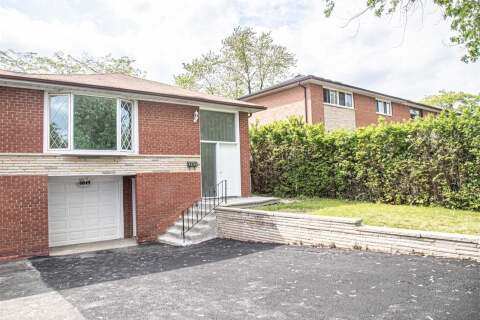Townhouse for sale at 6849 Darcel Ave Mississauga Ontario - MLS: W4780005