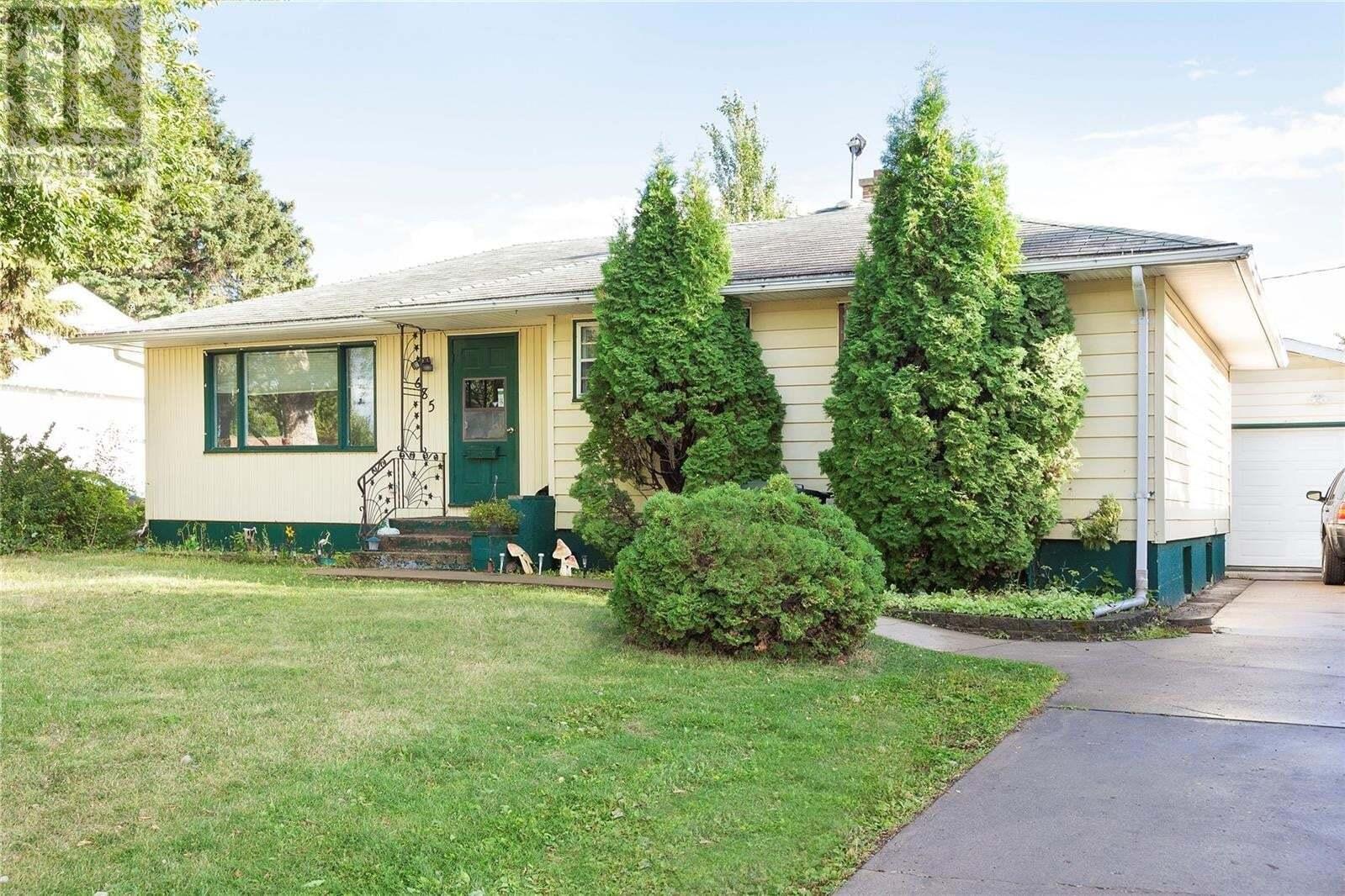 House for sale at 685 22nd St W Prince Albert Saskatchewan - MLS: SK824656