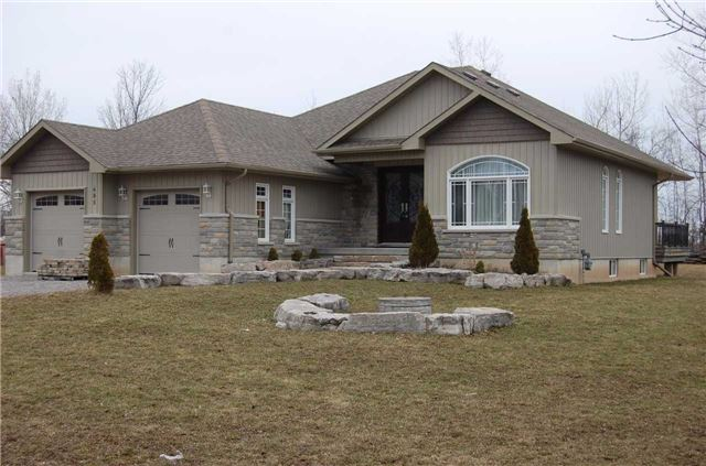 Sold: 685 Cedarvale Crescent, Smith Ennismore Lakefield, ON