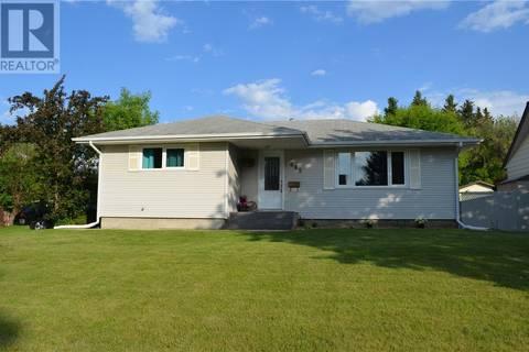 House for sale at 685 River St E Prince Albert Saskatchewan - MLS: SK770426
