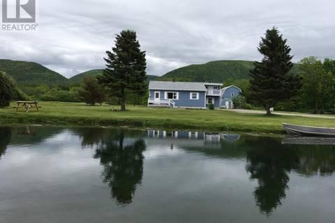 House for sale at 686 Cheticamp Back Rd Chéticamp Nova Scotia - MLS: 201915573